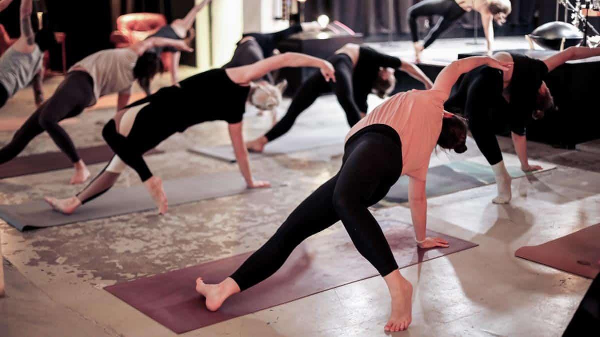 yoga flow stretch